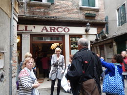 Giovanna previews a cicchetti for us prior to entering Venice 24/9/2015 , Robert J - October 2015