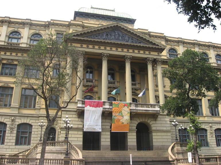 Museum.JPG - Rio de Janeiro
