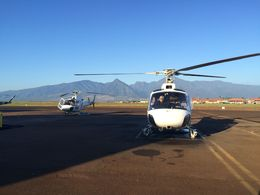 The helicopter at the Kahului Airport, jenvald - February 2015