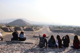 On top of Piramide de la Luna.Teotihuacan , Lino V - January 2018