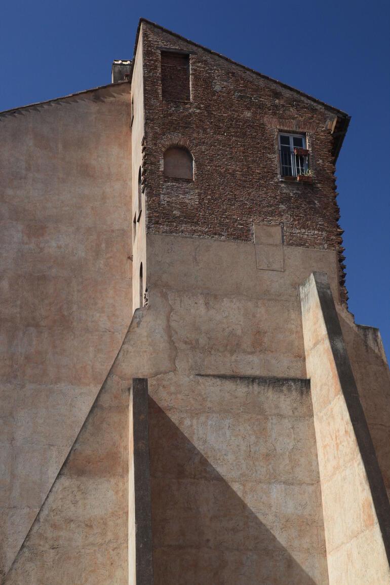 Angle House - Rome