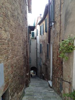Narrow winding streets - always walking either up or down! , Ann C - October 2014