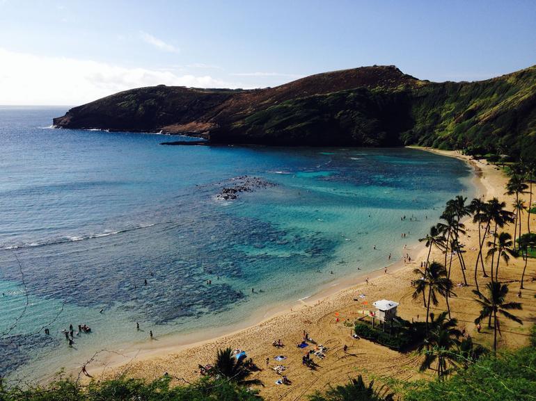 oahu-gran-circle-island-vue-agreable-de-la-plage