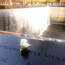A moving and very emotional guided tour around 9/11 Memorial and Ground Zero. , Deena M - November 2015