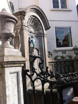 Manneken Pis! , Erue - April 2012