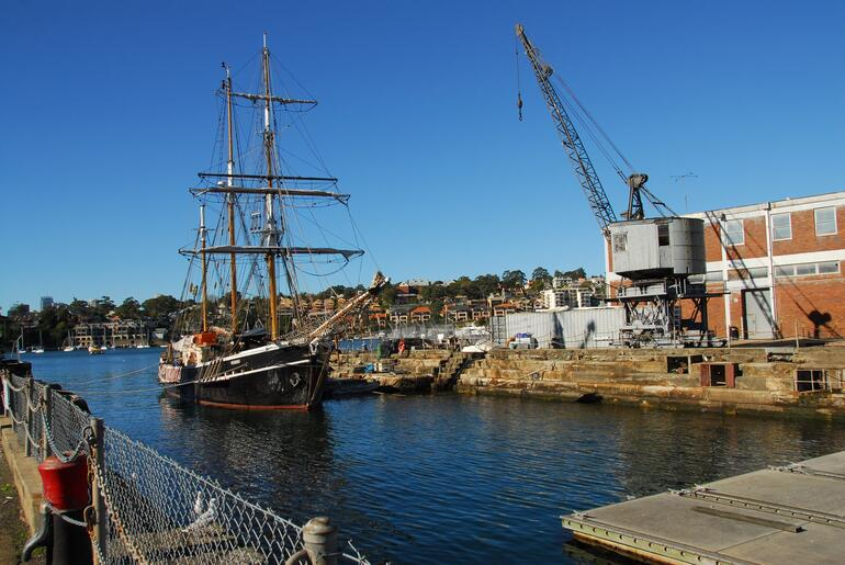 Visiting vessel -