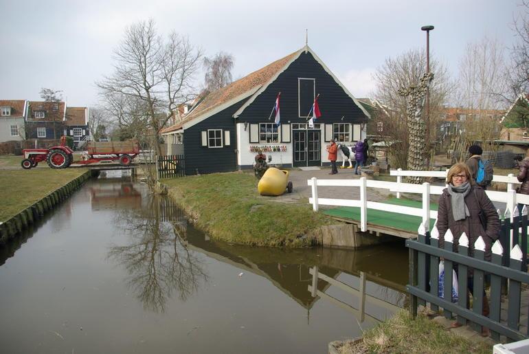 FABRICA DE ZUECOS EN MARKEN - Amsterdam
