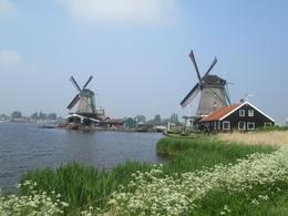 Les moulins à vent de Zaanse Schans, très jolis, et il y en a encore plus , Pierre V - May 2014