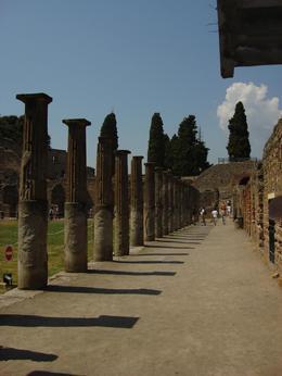 Pompeii entrance. - December 2007