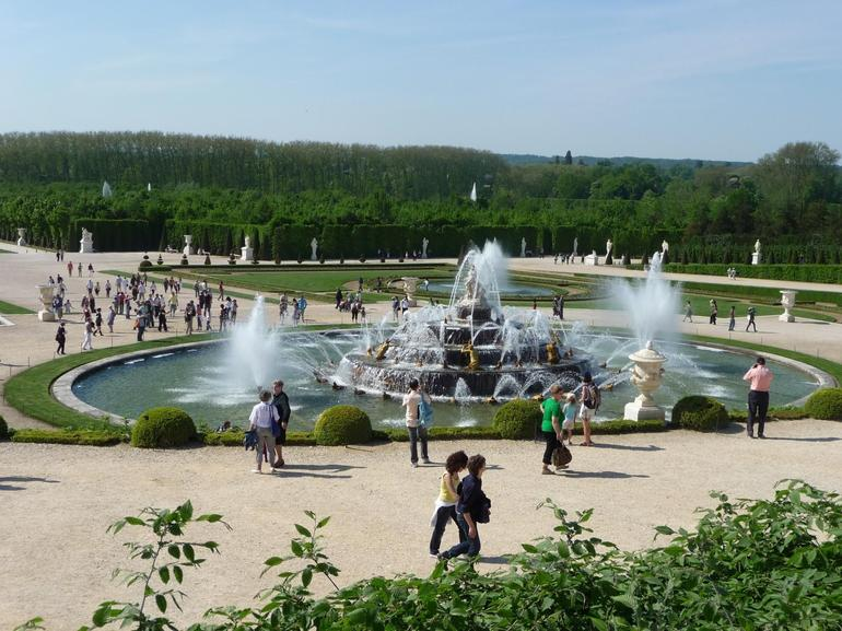 The fountains in the Versailles Gardens - Paris