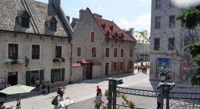 Quebec City Hop-On Hop-Off Tour