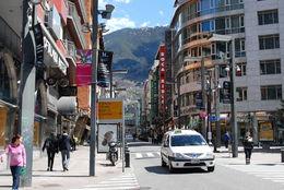 The shopping district , HONESTO A - April 2016