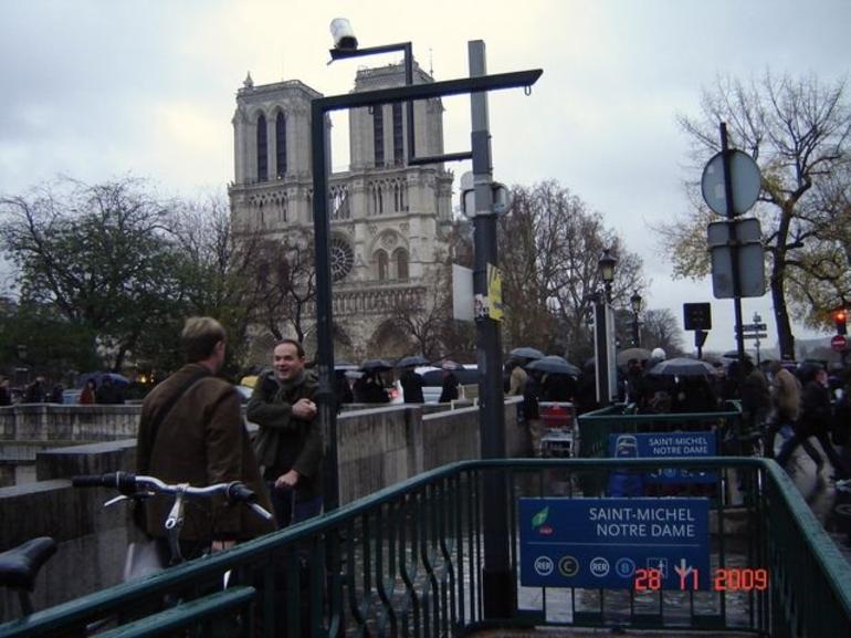 Cathedrale Notre-Dame de Paris - Paris