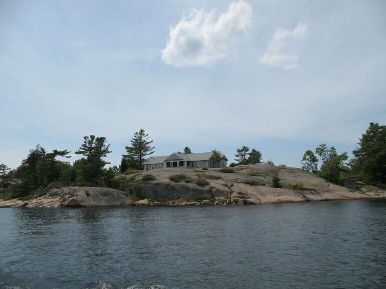 Georgian Bay's tiny rocky island - Toronto