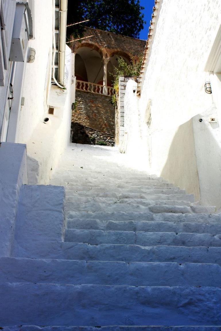 Hydra stairs.jpg - Athens