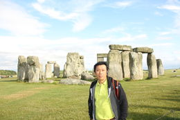 Rolly Sapan visited Stonehenge June 17, 2015. , Rolando S - June 2015