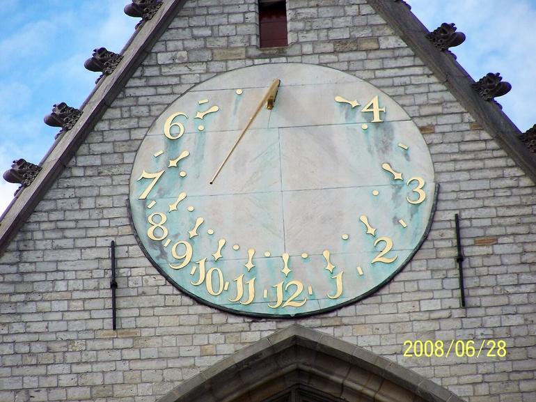 Amsterdam Clock - Brussels