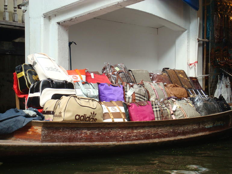Purses galore at the Floating Market - Bangkok