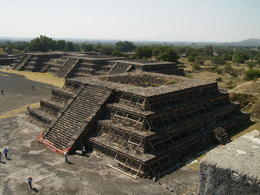 One of the uncompleted pyramids at Teotihuacan , Valéria O - December 2011