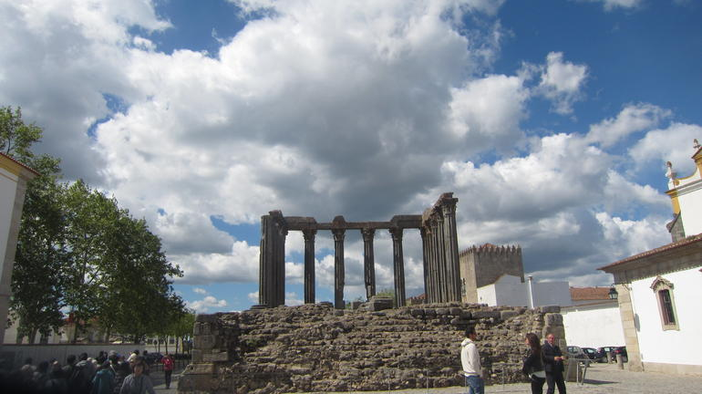 The Roman Ruins in Evora - Lisbon