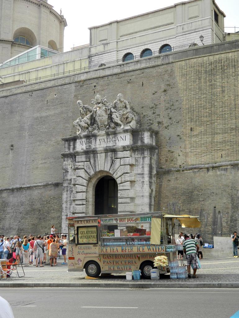 Vatican Entrance - Rome