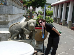 Kellythepea and her monkey sculpture friend at Wat Arun., kellythepea - October 2010