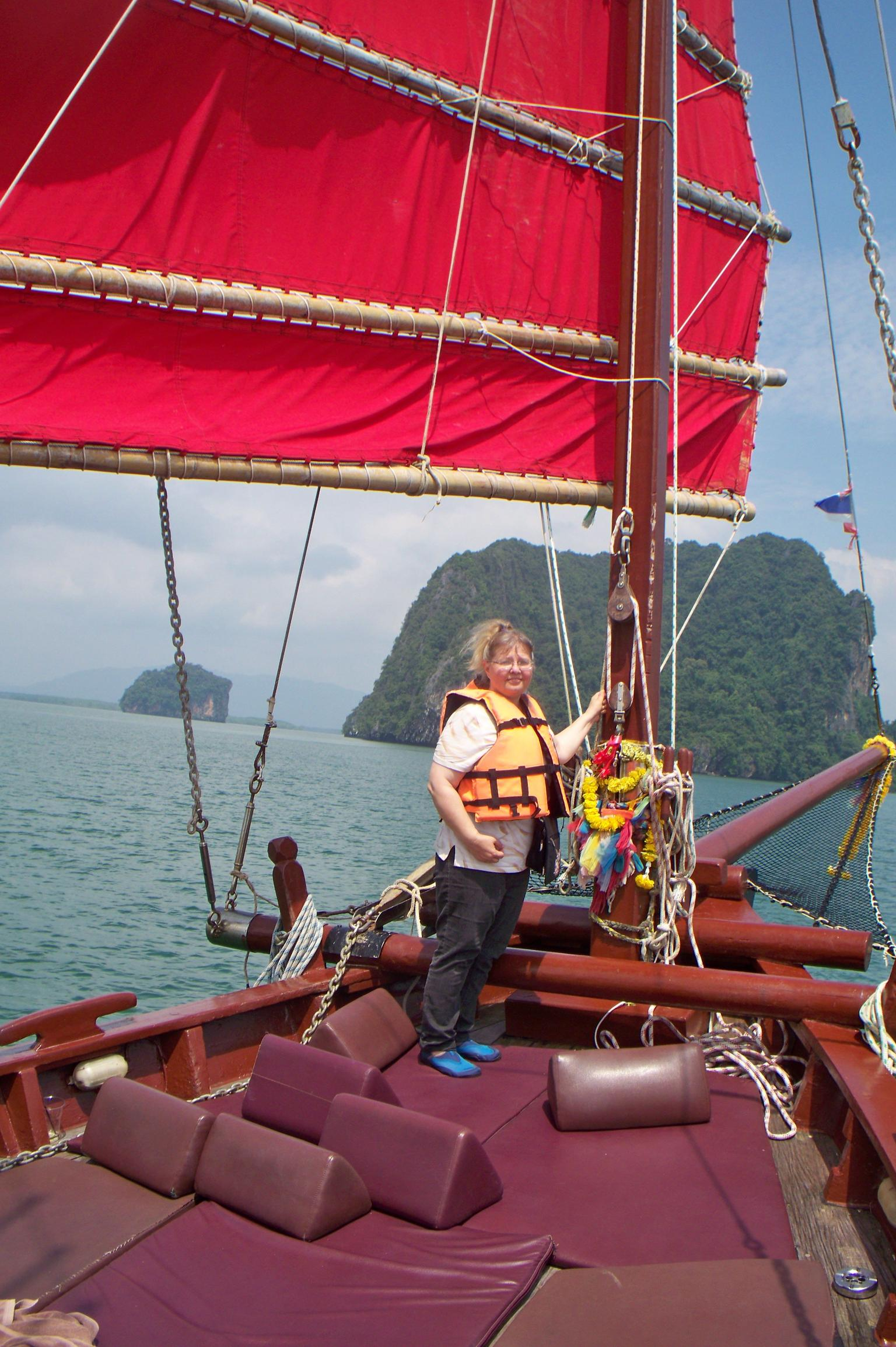 MÁS FOTOS, June Bahtra: Full Day Cruise in Phang Nga Bay by Chinese Junk Boat