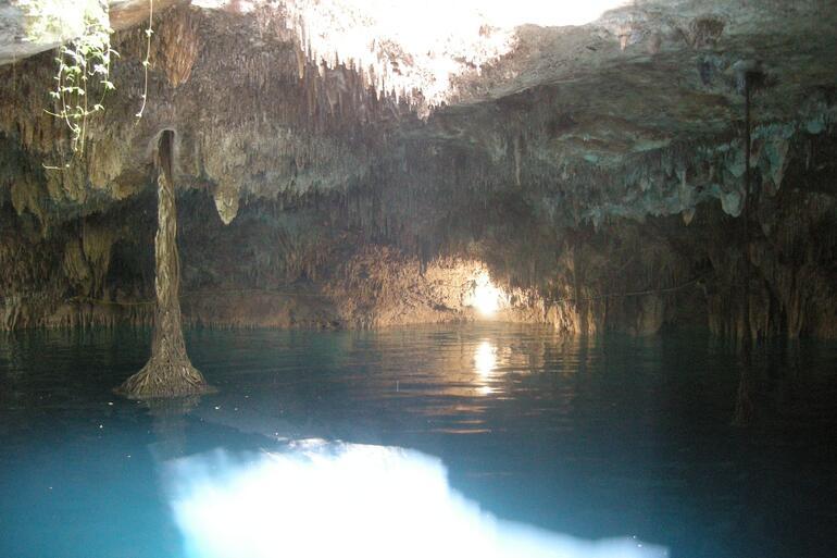 close cenote -