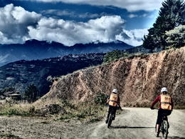 Cycling down Death Road - at the wider parts you can actually enjoy the views and not focus too much on the road!, Bandit - September 2014
