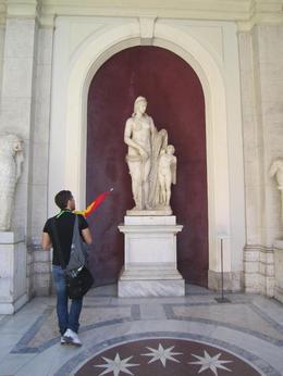 Nicolas qui parle un excellent français (avec qui j'ai un point commun le lycée Camille Jullian à Bordeaux) merci encore à lui , rayssac - May 2013
