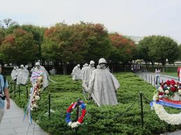 Kriegsgräber aus dem Koreakrieg - Amerikanische Soldaten , Carola J - October 2013