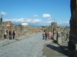 One of the many streets in Pompeii., Candance H - April 2008