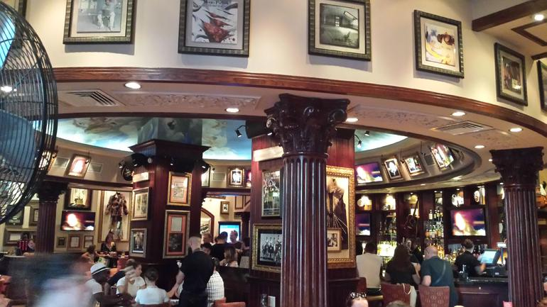 Skip the Line: Hard Rock Cafe Rome Including Meal photo 14