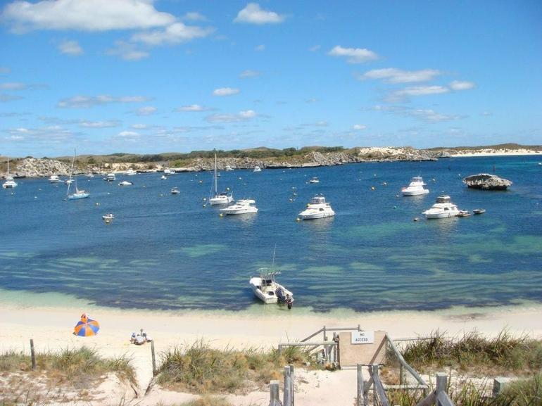Full-Day Rottnest Island Bike and Snorkel Tour - Perth