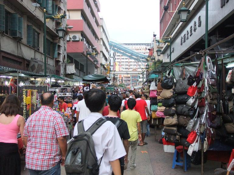 KL Night Chinatown.JPG - Kuala Lumpur