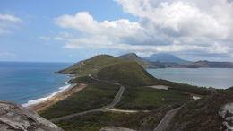 À gauche, l'océan Atlantique à droite, la mer des Caraïbes : Magnifique! , Johanne L - April 2016