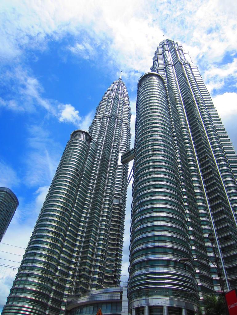 Petronas Towers - Singapore