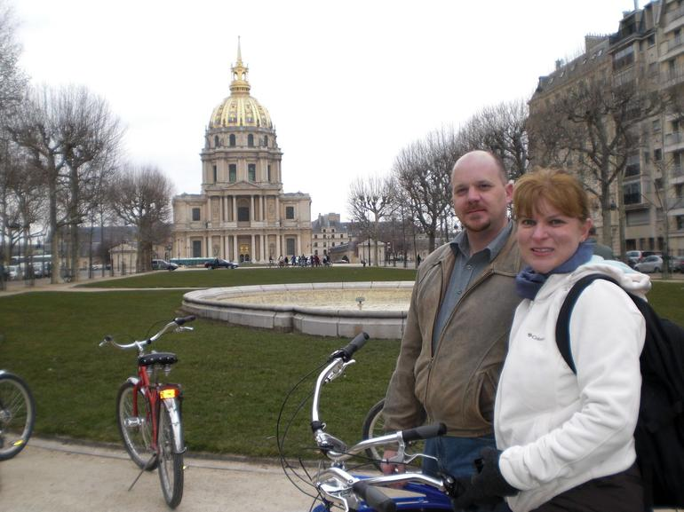 Bike tour stop in front of the Musee de l'Armee - Paris