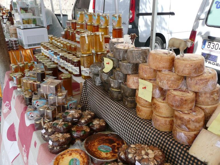 Cheese and Honey in Montserrat - Barcelona