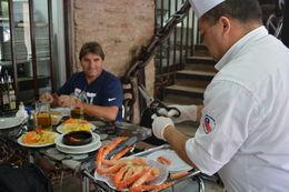Se for para Santiago não deixe de visitar o Mercado Municipal para comprar as lembrancinhas, e claro comer frutos do mar. , Geanini T M P - February 2015