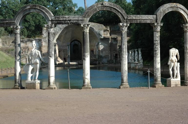 Hadrian's Villa & Villa D'ste - Rome