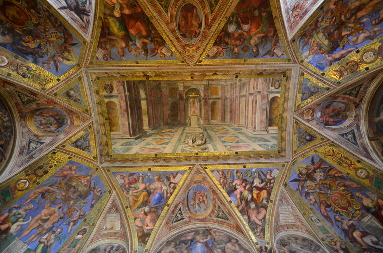 Private Vatican Museums Tour with Sistine Chapel & St. Peter's Basilica photo 27