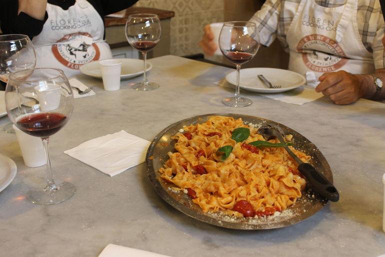 Cours de cuisine italienne en petit groupe avec visite du - Cours de cuisine italienne ...