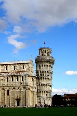 The tower, Violeta L - November 2010