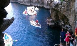 Waiting in line for Blue Grotto , Ferd - June 2011