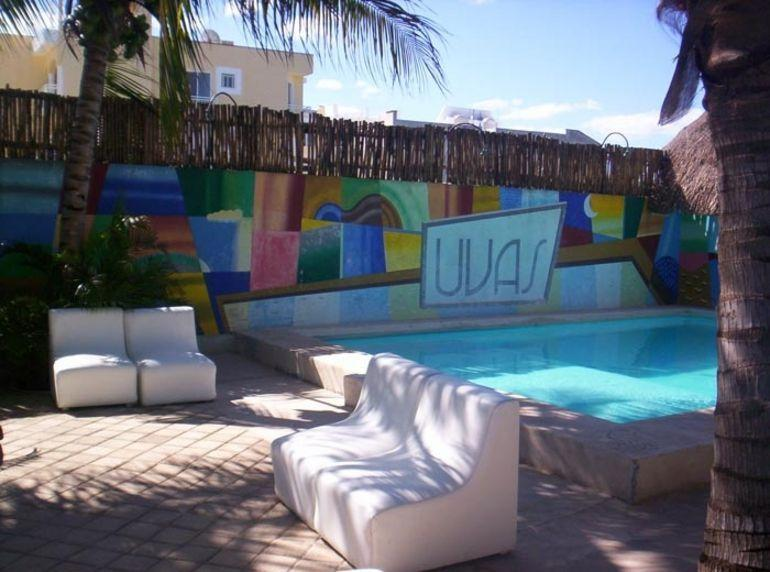 Pool and Lounging Area - Cozumel