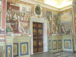 Inside the Vatican Museum , Lambertus d - September 2016