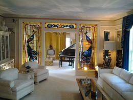 Sein Wohnzimmer mit angefertigtem Coutchtisch und Sitzgarnitur , Michaela U - November 2015