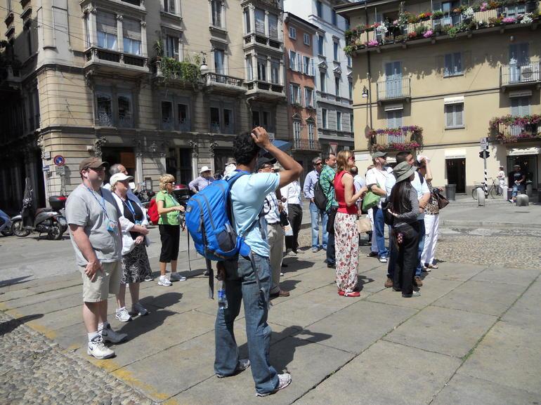 Milan Walking Tour Group - Milan