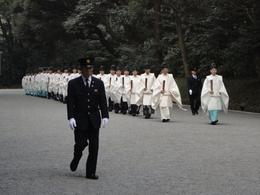 Meiji Shrine - priests, Krishnan Vaitheeswaran - April 2010
